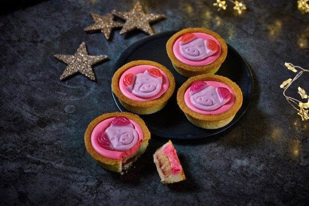 Marks & Spencer's Percy Pig Mince Pie Rival Has Divided The Internet | London Evening Standard